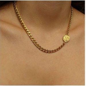 Chanel Choker with authentic pendant NIB